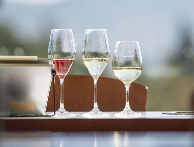 Wine tastings and food & wine pairings